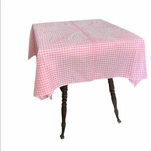 ⭐️PINK Gingham Tablecloth⭐️